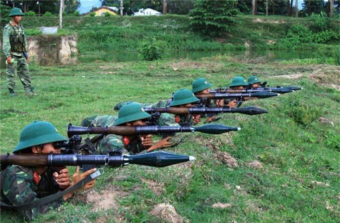 Ngo ngang thiet ke sung chong tang ban... hoi cua Viet Nam-Hinh-7