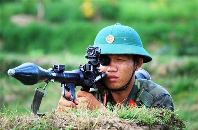 Ngo ngang thiet ke sung chong tang ban... hoi cua Viet Nam-Hinh-8
