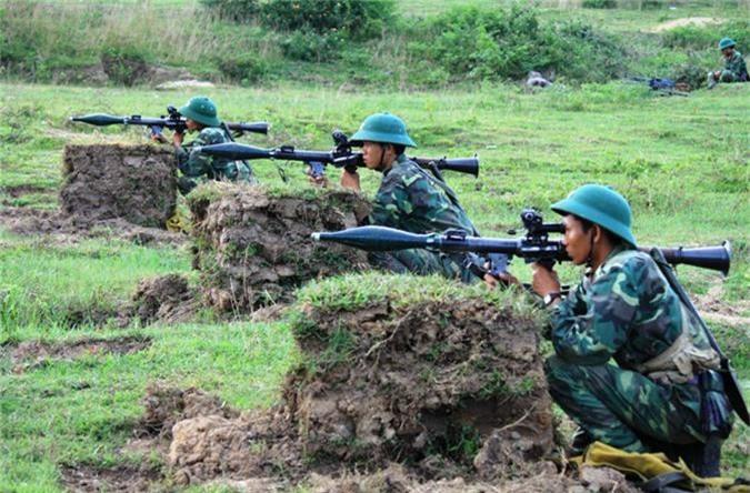 Ngo ngang thiet ke sung chong tang ban... hoi cua Viet Nam-Hinh-9