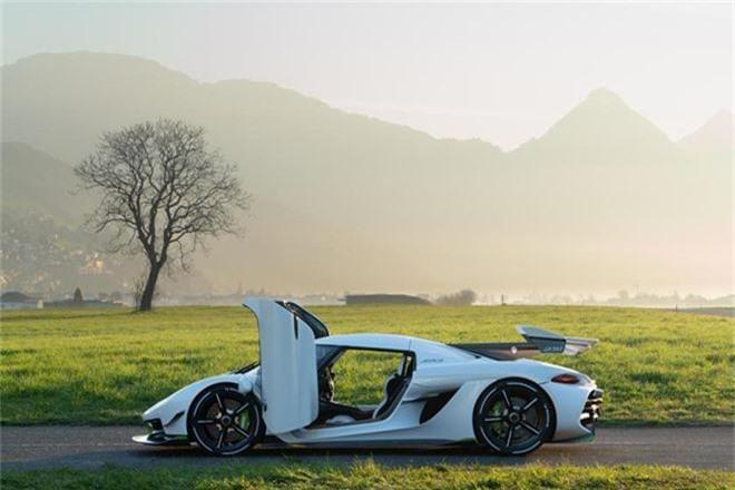Ban suat mua sieu xe Koenigsegg, lai ngay 1,6 trieu USD-Hinh-4