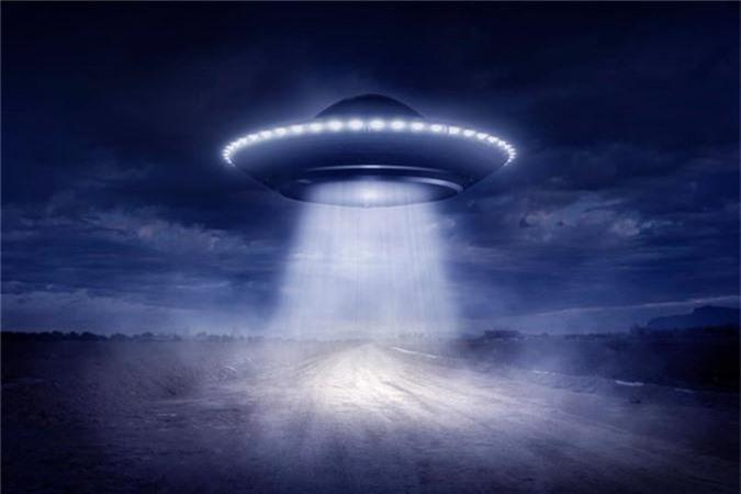 Cuc soc: Linh My cham tran UFO trong CT Trieu Tien?-Hinh-10