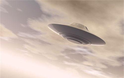 Cuc soc: Linh My cham tran UFO trong CT Trieu Tien?-Hinh-3