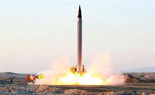 Tên lửa đạn đạo của Iran (Ảnh minh họa: Reuters)