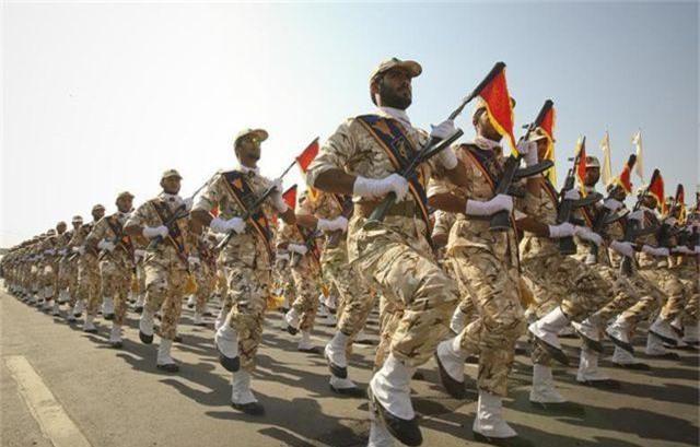 Mãn nhãn lễ duyệt binh của lực lượng quân sự các nước - 9