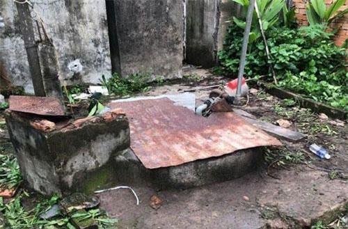 Giếng nước nơi bé H. bị rơi xuống - Ảnh A.X