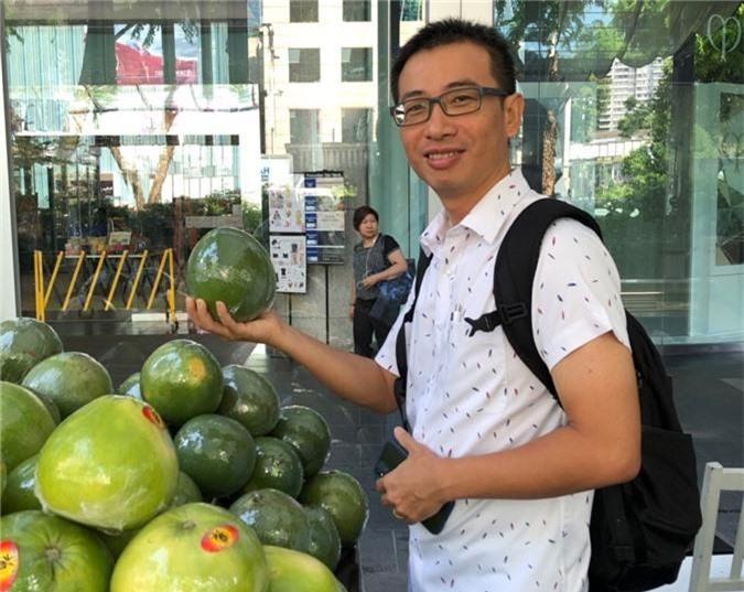 """buoi da xanh tan my """"leo"""" len may bay sang ban ben singapore hinh anh 2"""