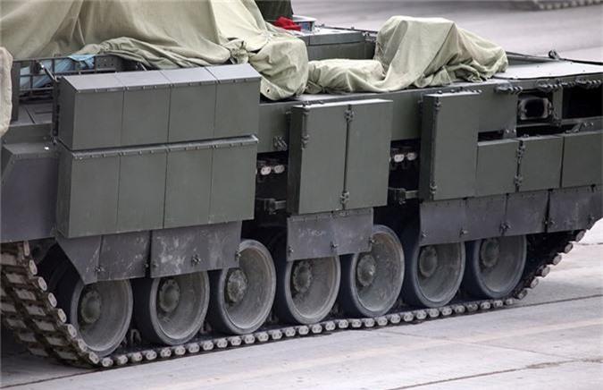 Lo dien vu khi moi tren xe chien dau bo binh Armata-Hinh-10