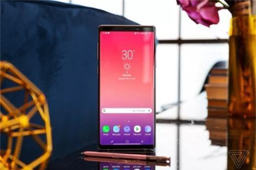 Lợi nhuận của Samsung có thể giảm một nửa vì… Huawei - Ảnh 2.
