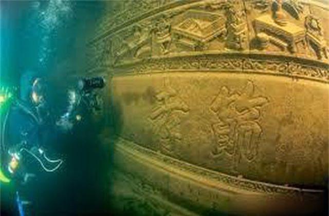 Thành phố cổ đại dưới đáy hồ suốt nghìn năm còn vẹn nguyên - 3