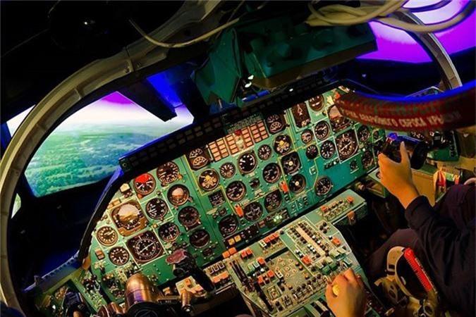 Vi sao phi cong Lien Xo tu choi dung may bay nem bom Tu-22?-Hinh-10