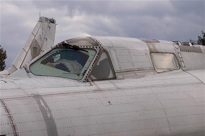 Vi sao phi cong Lien Xo tu choi dung may bay nem bom Tu-22?-Hinh-9