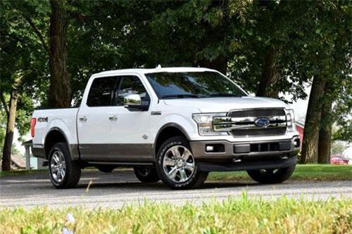 Ford F-Series (doanh số: 79.426 chiếc).