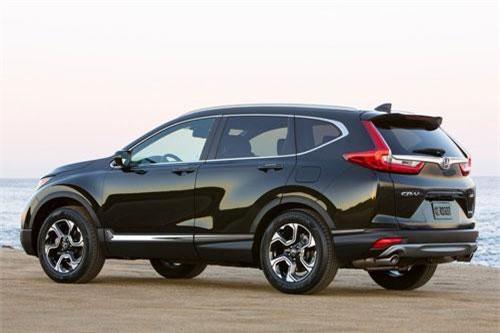 5. Honda CR-V (doanh số: 30.427 chiếc).