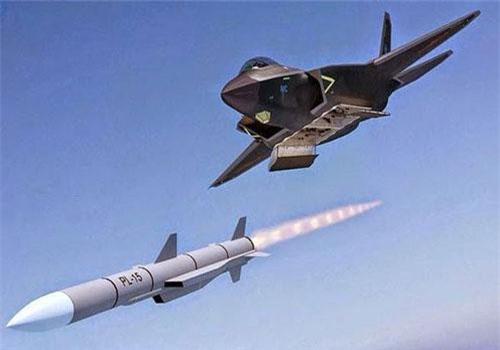 PL-15 hiện là mẫu tên lửa không đối không tầm xa hàng đầu của Trung Quốc. Ảnh: Asia Times