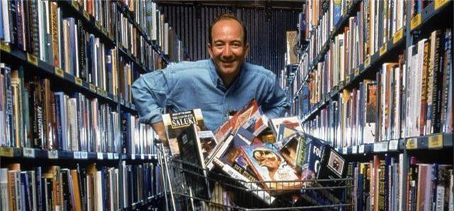 Amazon 25 năm trước: Từ cửa hàng sách nhỏ thành gã khổng lồ công nghệ - 1