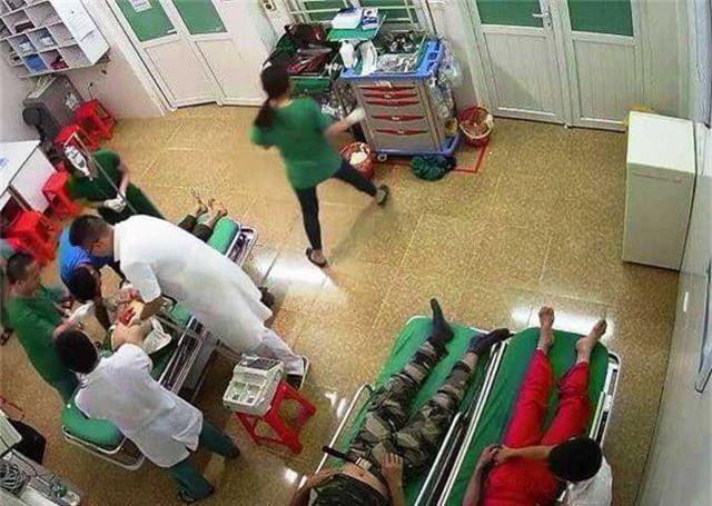 Đoàn du khách đi nghỉ mát gặp nạn, 1 người chết, 14 người bị thương - 3
