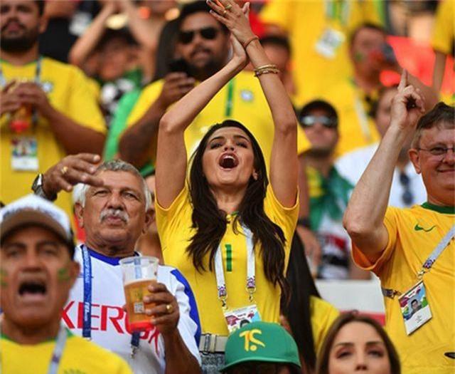 """Những bóng hồng tuyệt sắc """"tiếp lửa"""" cho Copa America 2019 - 11"""
