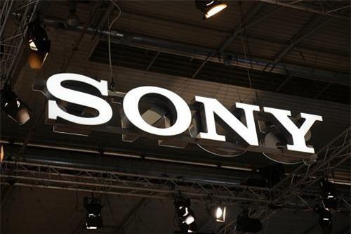 Sony đang làm việc trên một điện thoại có thể gập lại