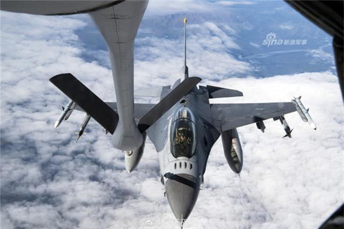 "KC-135 ""cay xang bay"" tot nhat cua Khong quan My-Hinh-3"