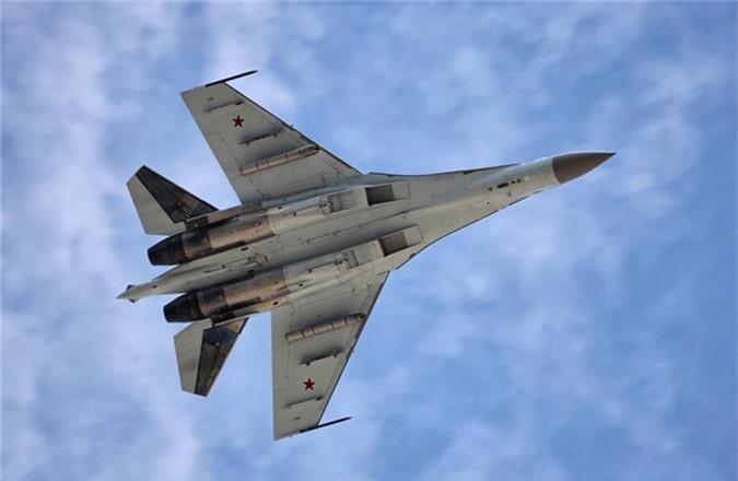 """Khong tuong ly do tiem kich Su-35 """"them khat"""" doi thu de tieu diet-Hinh-6"""