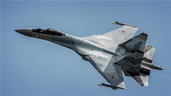 """Khong tuong ly do tiem kich Su-35 """"them khat"""" doi thu de tieu diet-Hinh-7"""