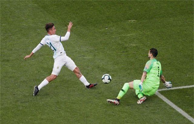 Messi nhận thẻ đỏ, Argentina nhọc nhằn giành hạng ba Copa America - 3