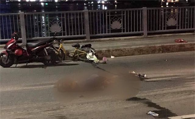 Người đàn ông nhặt ve chai bị tông tử vong trong đêm ở cầu Thủ Thiêm - 2
