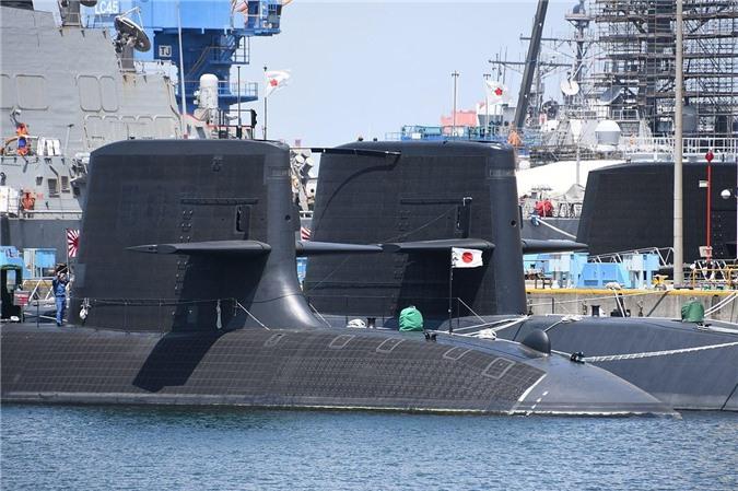 Tàu ngầm tấn công Soryu.
