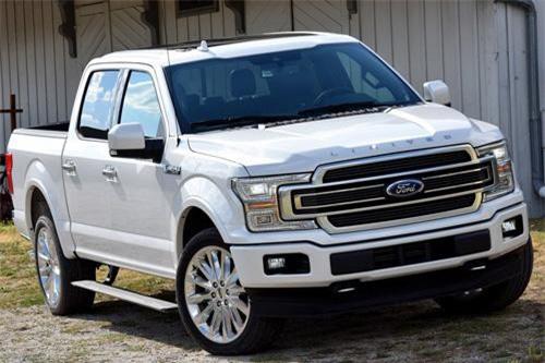 Ford F-Series (doanh số: 448.398 chiếc).