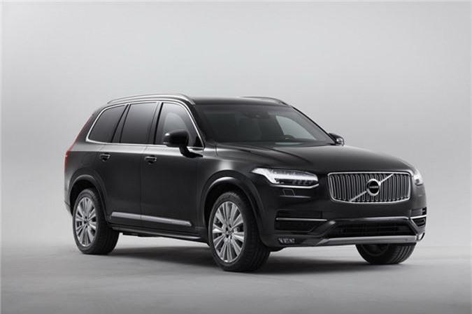 Volvo bắt đầu thực hiện mẫu xe này chỉ 2 năm trước, và giờ sản phẩm hoàn chỉnh được chứng nhận VPAM VR8, tức xe có khả năng chống đạn 360 độ cũng như chống nổ, tạo nên sự an toàn cho khách hàng.
