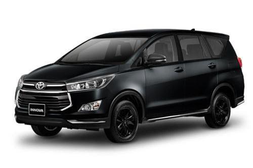 8. Toyota Innova (doanh số: 915 chiếc).