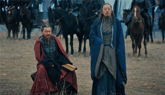 Nhờ hơn kém nhau điểm này, gia tộc Tào Tháo cay đắng nhìn dòng họ Tư Mã thống trị thiên hạ - Ảnh 1.