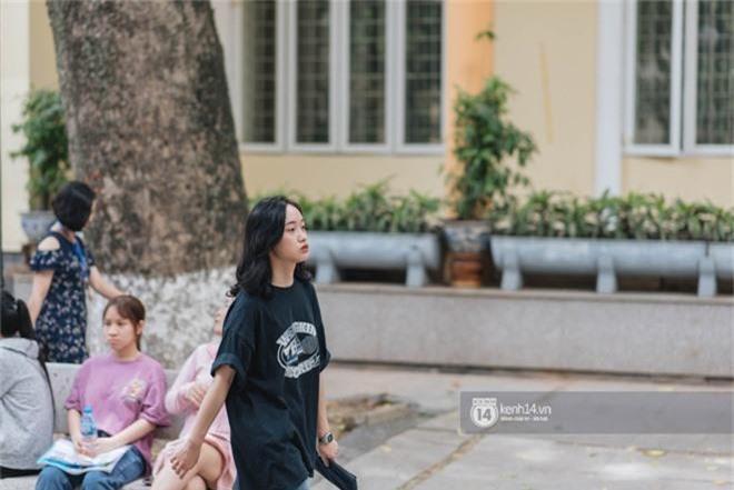 Nữ sinh con lai Việt Nga có cái tên lạ gây náo loạn tại cổng trường thi vào Học viện báo chí vì quá xinh xắn và đáng yêu - Ảnh 11.