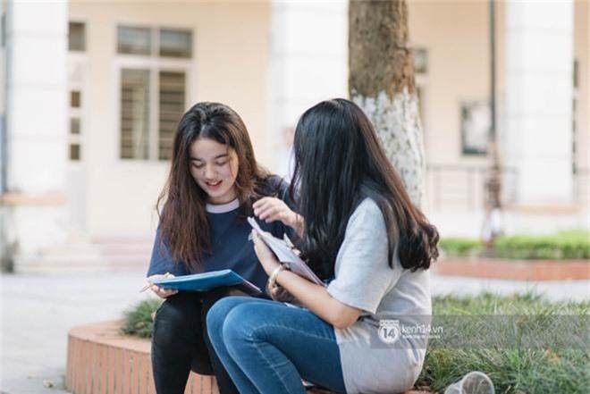Nữ sinh con lai Việt Nga có cái tên lạ gây náo loạn tại cổng trường thi vào Học viện báo chí vì quá xinh xắn và đáng yêu - Ảnh 7.