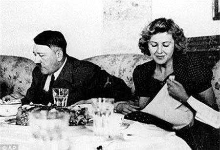 Su that soc toan tap ve ke dot xac vo chong Hitler-Hinh-5