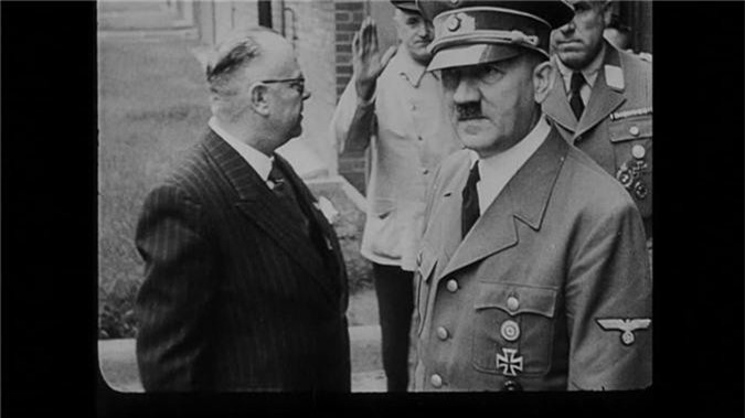 Su that soc toan tap ve ke dot xac vo chong Hitler-Hinh-8