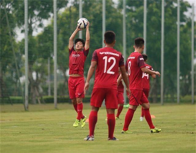Tiền vệ Việt kiều Martin Lo quyết ghi điểm với HLV Park Hang Seo - 12