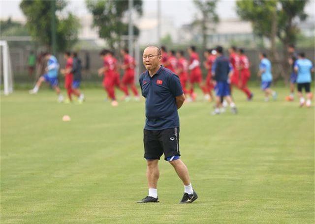 Tiền vệ Việt kiều Martin Lo quyết ghi điểm với HLV Park Hang Seo - 2