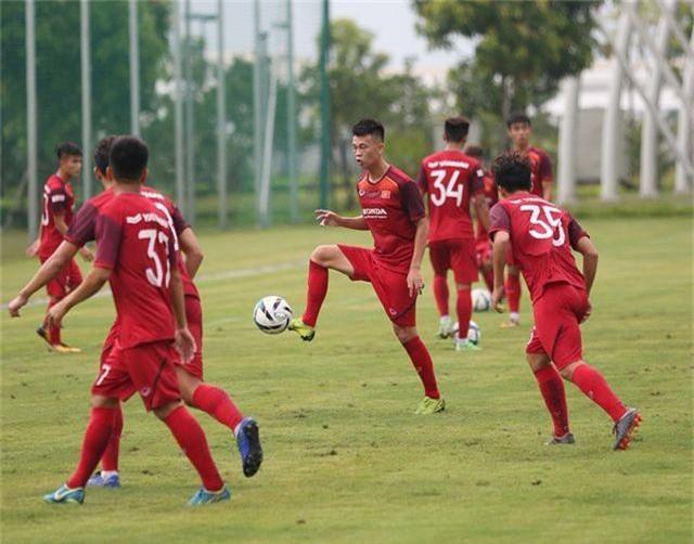Tiền vệ Việt kiều Martin Lo quyết ghi điểm với HLV Park Hang Seo - 4