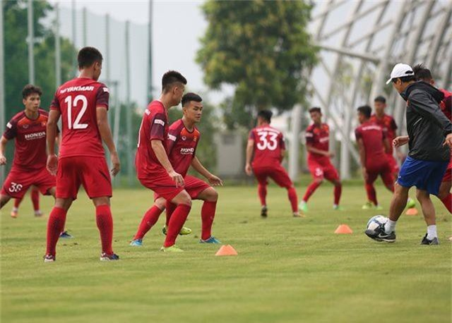 Tiền vệ Việt kiều Martin Lo quyết ghi điểm với HLV Park Hang Seo - 6