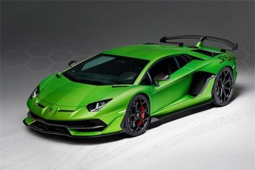 2. Lamborghini Aventador SVJ 2019 (vận tốc tối đa: 349 km/h).