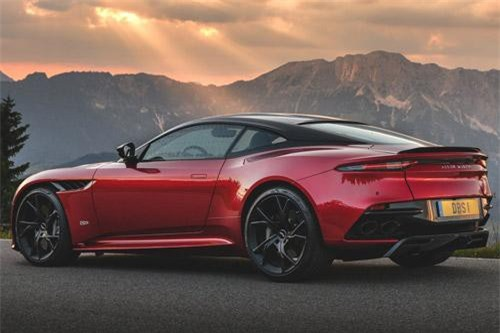 =5. Aston Martin DBS Superleggera 2019 (vận tốc tối đa: 340 km/h).