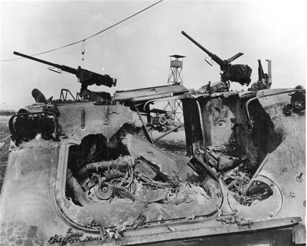 "Kinh hoang ""nghia dia"" xe thiet giap M113 trong Chien tranh Viet Nam-Hinh-11"