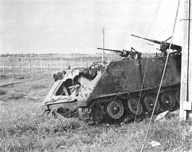 "Kinh hoang ""nghia dia"" xe thiet giap M113 trong Chien tranh Viet Nam-Hinh-12"