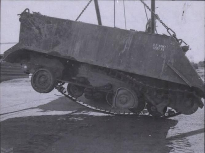 "Kinh hoang ""nghia dia"" xe thiet giap M113 trong Chien tranh Viet Nam-Hinh-4"