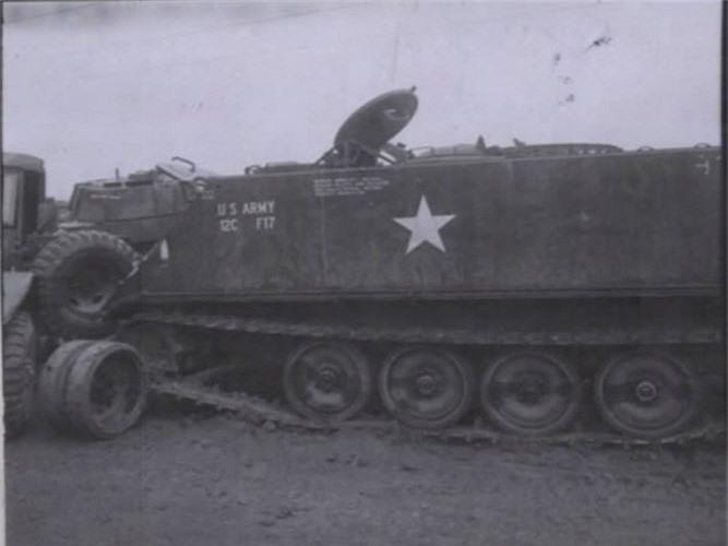 "Kinh hoang ""nghia dia"" xe thiet giap M113 trong Chien tranh Viet Nam-Hinh-6"