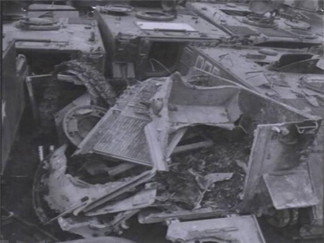 "Kinh hoang ""nghia dia"" xe thiet giap M113 trong Chien tranh Viet Nam-Hinh-7"