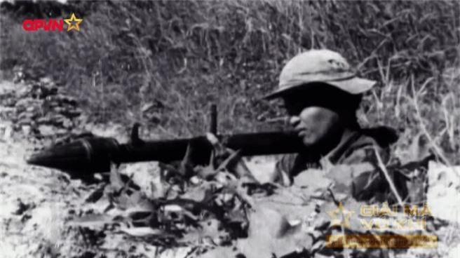 "Kinh hoang ""nghia dia"" xe thiet giap M113 trong Chien tranh Viet Nam-Hinh-9"
