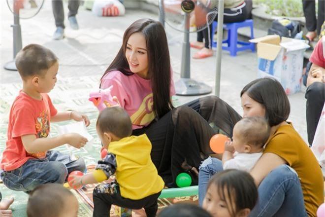 Mai Phương Thúy than thở vì đăng quang Hoa hậu 13 năm vẫn có khán giả không nhận ra, bị tưởng là thí sinh The Voice - Ảnh 2.