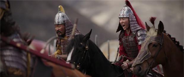 Tạo hình mặt mộc, tóc rối của Lưu Diệc Phi trong 'Mulan' gây bão mạng xã hội - ảnh 7